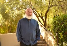 Dr. Andrew Weil, an expert in Integrative Medicine, will lead both of Seabourn's Spa & Wellness itineraries.