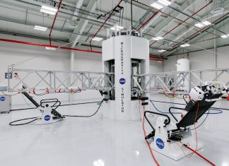 NASA enthusiasts can train like actual astronauts preparing for Mars travel thanks to the new programs at the Kennedy Space Center.