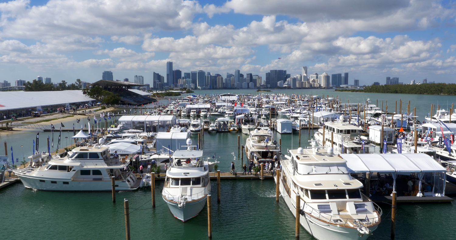 Calling all boat lovers to miami 39 s annual boating event recommend - Miami boat show ...