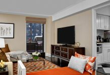 LEX-Suite-Centerfield-Living-Room NYC
