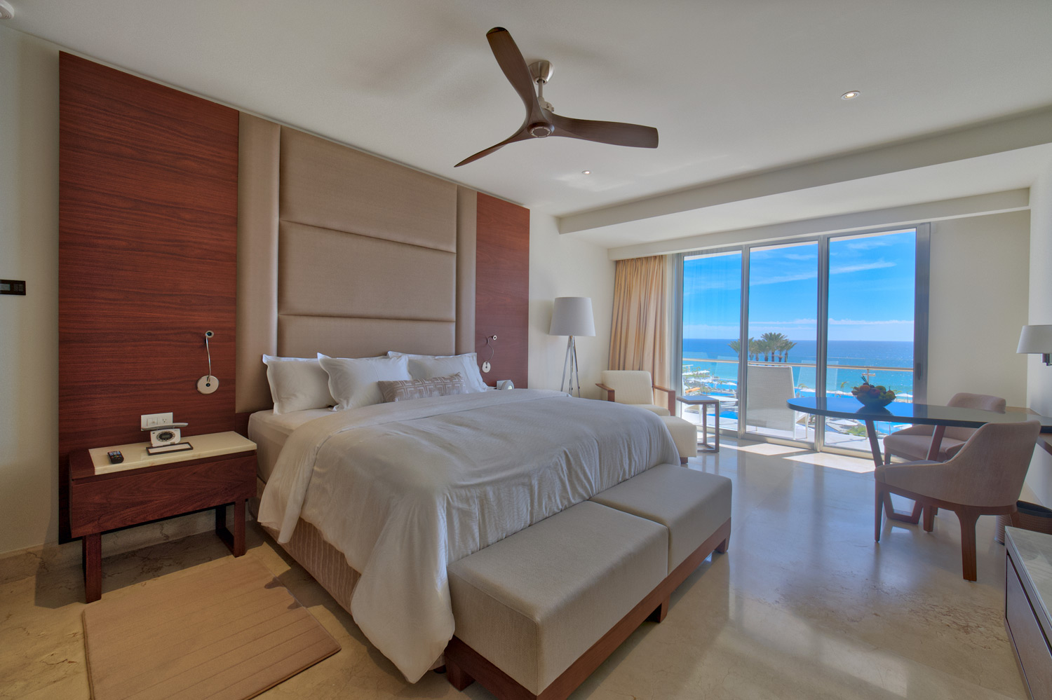 Room at Le Blanc Spa Resort Los Cabos.