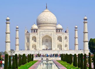 Travel agents will visit the Taj Mahal and more on this 7-day India FAM.