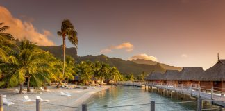 Tahiti Pleasant Holidays and Journese