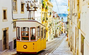Portugal FAMs with Tours Specialists Inc travel roundtrip from Lisbon.
