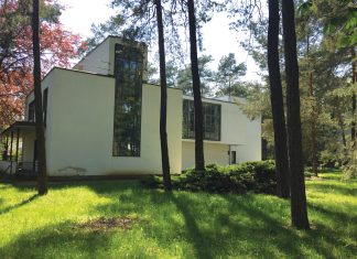 One of the Master's Houses in Dessau—this one was occupied by Klee and Kandinsky (Paloma Villaverde de Rico)