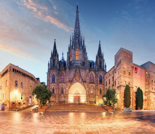 Agents booking through TravelBound can recommend faith-based clients visit the Barcelona Cathedral.