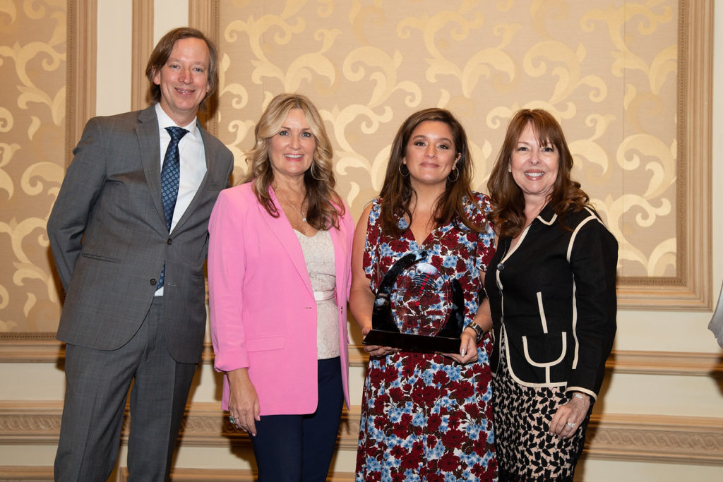 Visit Portugal's Celina Tavares accepts Portugal's Hottest Destination of 2018 Virtuoso Award