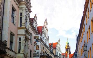 Strolling through Dresden's historic center. (Paloma Villaverde de Rico 4)