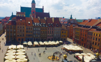 The main market square in Warsaw's Old Town (Paloma Villaverde de Rico)