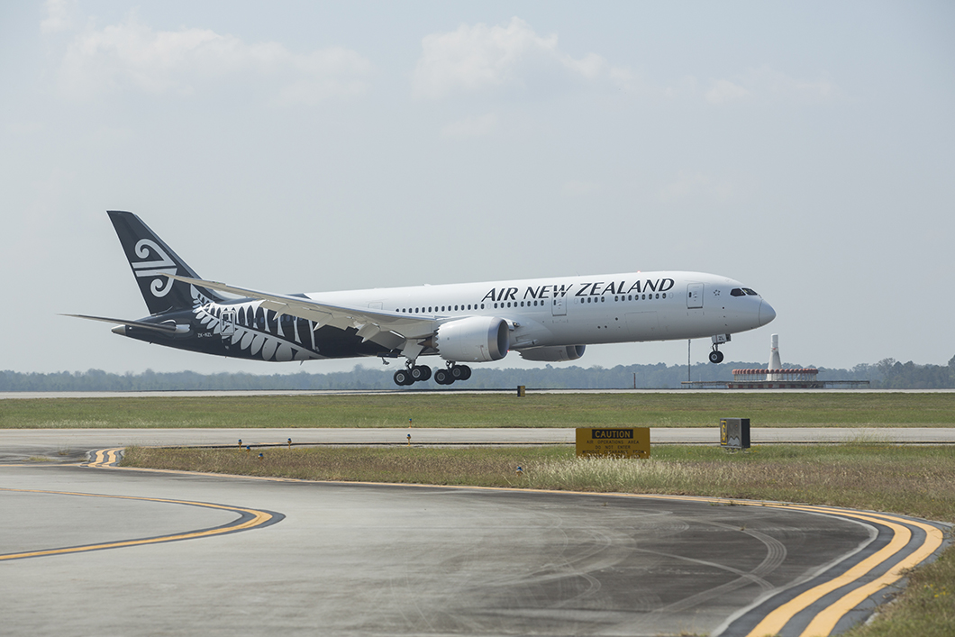 Air New Zealand will fly non-stop between New Zealand and New York.