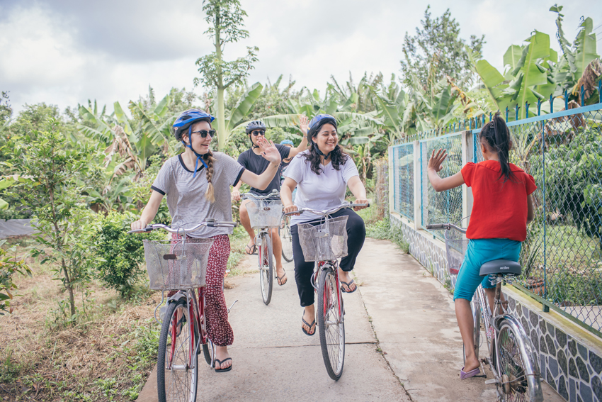sustainable biking tours