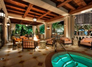 villas of distinction